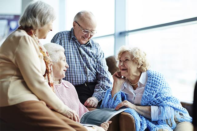 Qué entendemos por tercera edad el grupo de personas mayores? - Hogar  Montes de Oca